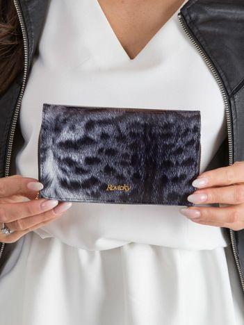 Czarny lakierowany portfel z motywem zwierzęcym