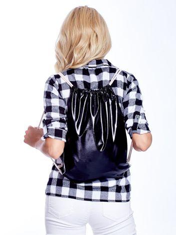 Czarny plecak worek faux leather z połyskiem