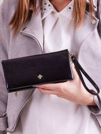Czarny podłużny portfel z uchwytem