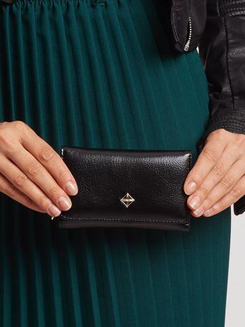 Czarny portfel z ekoskóry