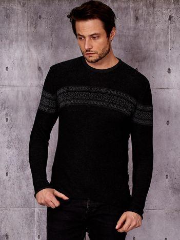 Czarny sweter męski z modułem w etniczne wzory