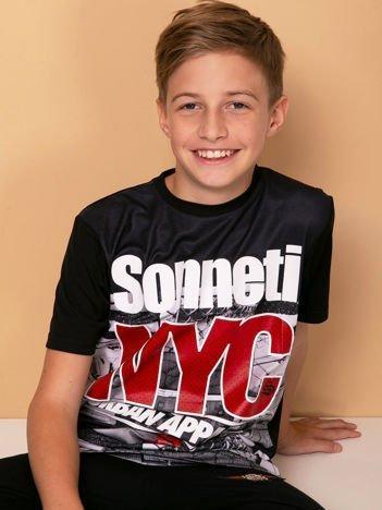 Czarny t-shirt dla chłopca z nadrukiem