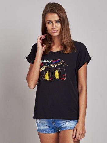 Czarny t-shirt ze słoniem