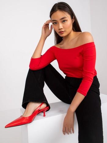 bc51b7bd32 Czerwona bawełniana bluzka. BASIC