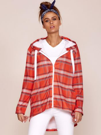 Czerwona bluza w kratę z kapturem