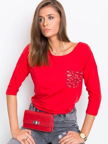 Czerwona bluzka Amy