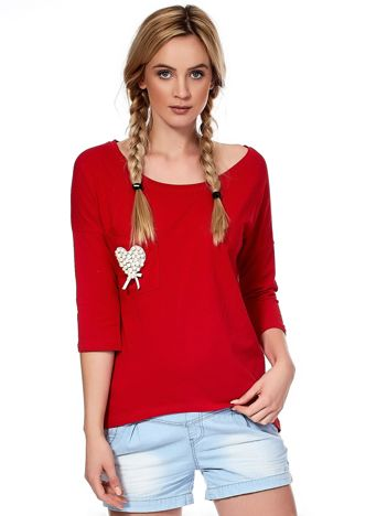 Czerwona bluzka z serduszkiem z perełek