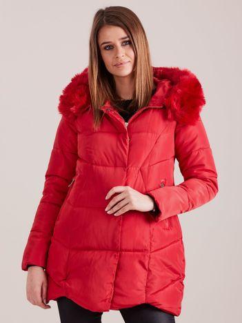 Czerwona damska kurtka zimowa