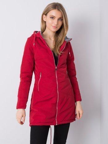 Czerwona długa kurtka z kapturem