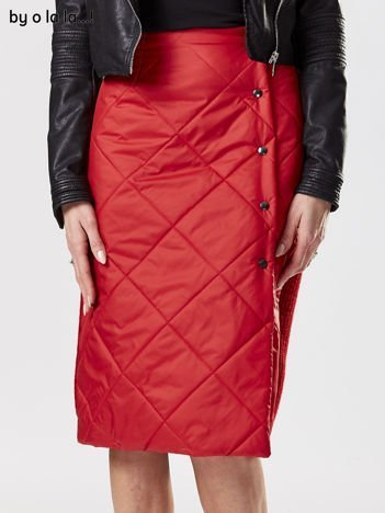 Czerwona spódnica z pikowanym modułem BY O LA LA