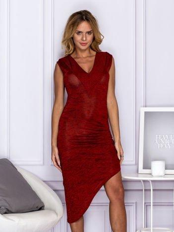 Czerwona sukienka melange z drapowaniem