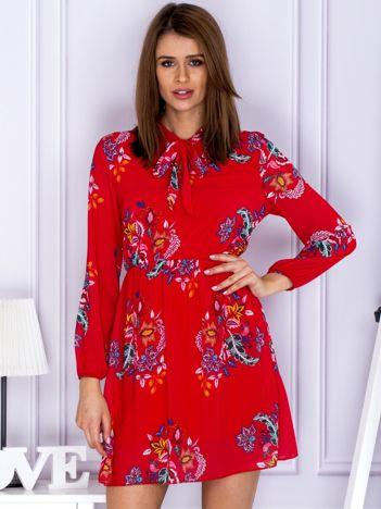 Czerwona szyfonowa sukienka floral print