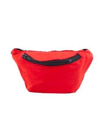Czerwona torebka nerka