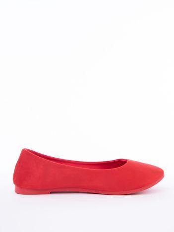 Czerwone baleriny z eco zamszu