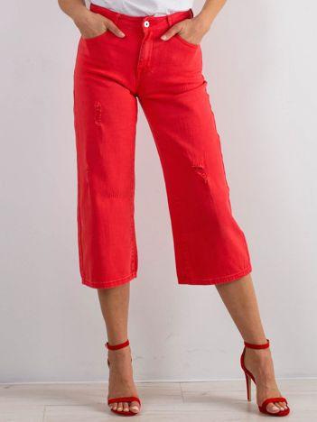 Czerwone jeansy Reasons