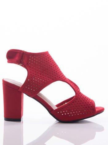 Czerwone sandały Sabatina z ażurową cholewką, na grubym słupku