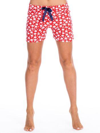 Czerwone szorty piżamowe w kwiaty