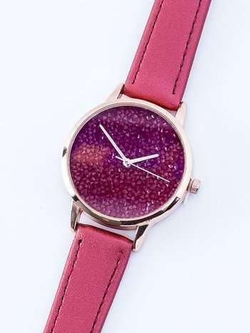 Czerwono-perłowy zegarek damski z cyrkoniami na tarczy