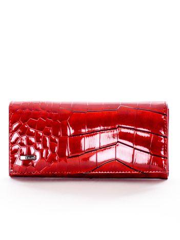 Czerwony portfel damski motyw zwierzęcy