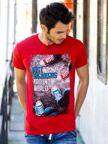 Czerwony t-shirt męski z fotograficznym printem