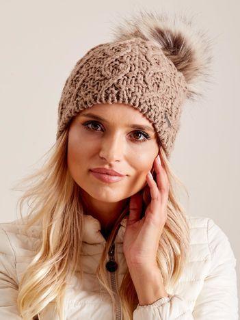 Damska czapka na zimę ciemnobeżowa
