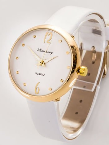 Delikatny biały zegarek damski