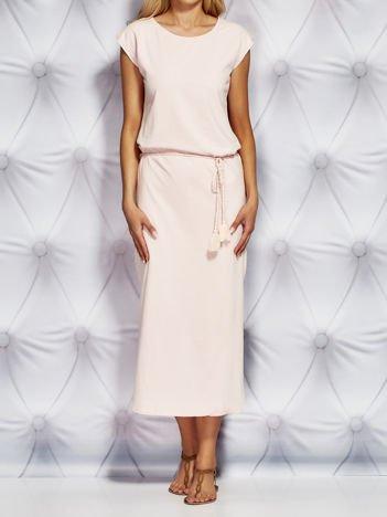 Dresowa sukienka maxi z wiązaniem jasnoróżowa