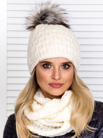 Ecru komplet damski czapka z pomponem i komin