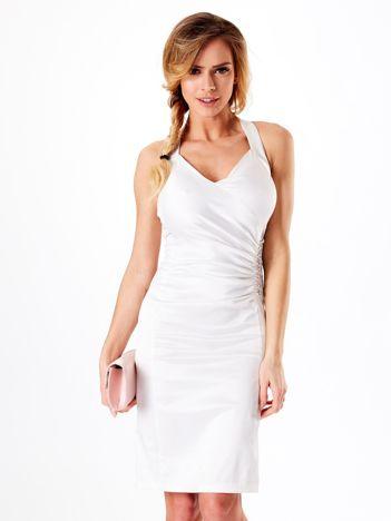 Ecru satynowa sukienka z koronkową wstawką z tyłu