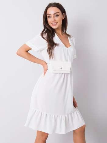 Ecru sukienka z falbaną Vianna