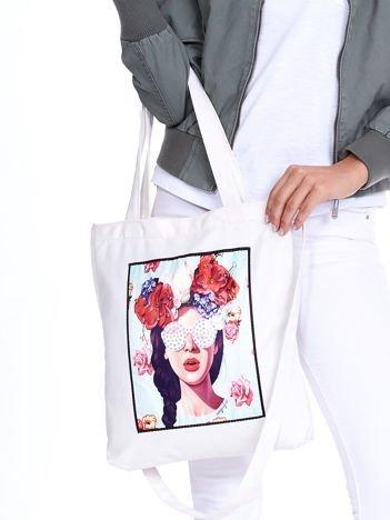 Ecru torba eko z kolorową aplikacją i cyrkoniami