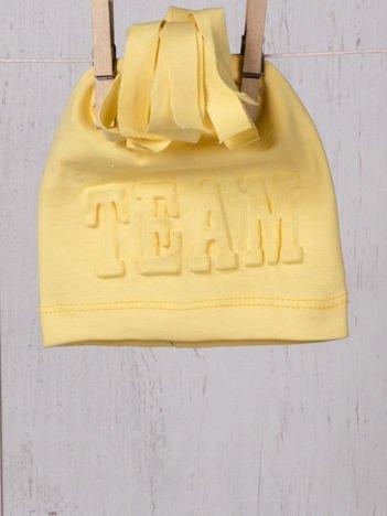 Elastyczna przejściowa czapeczka niemowlęca w sportowym stylu dla chłopca lub dziewczynki żółta