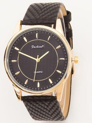 FASHION czarny zegarek z wytłaczanym paskiem