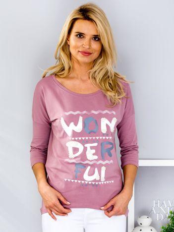 Fioletowa bluzka z kolorowym napisem i perełkami