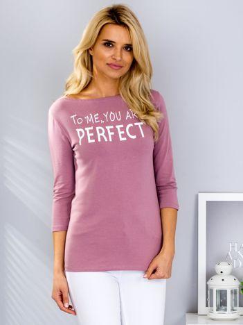 Fioletowa bluzka z napisem i perełkami