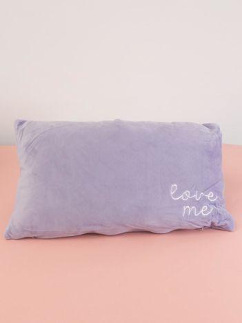 Fioletowa podłużna poduszka