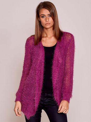 Fioletowy sweter ażurowy ścieg