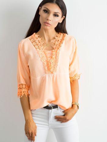 Fluo pomarańczowa bluzka z koronką