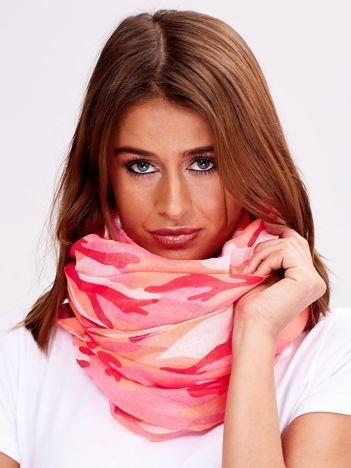 Fluo różowa chusta w kolorowe desenie