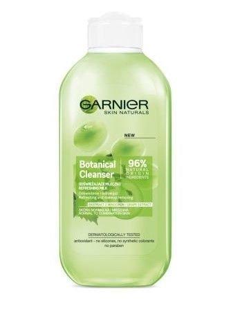Garnier Skin Naturals Botanical Mleczko odświeżające do demakijażu Grape Extract  200 ml