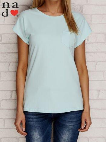 Gładki t-shirt z kieszonką miętowy