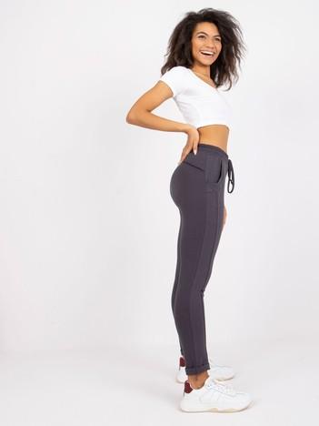 Grafitowe spodnie Approachable