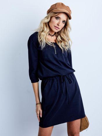 Granatowa bawełniana sukienka z kieszeniami