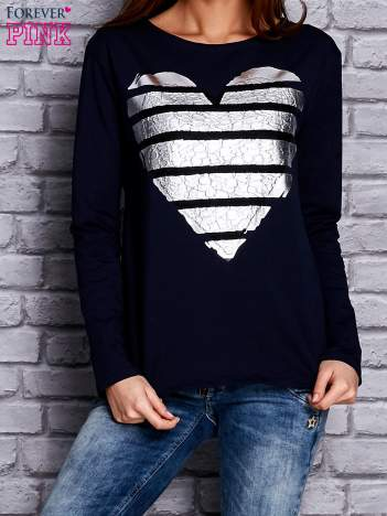 Granatowa bluza z sercem
