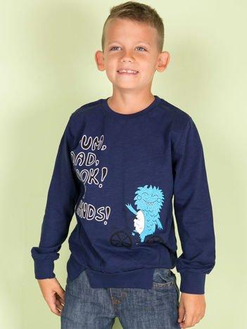 Granatowa bluzka dla chłopca z komiksowym nadrukiem