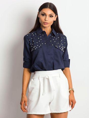 Granatowa koszula z perełkami