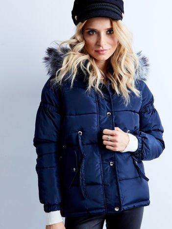 Granatowa kurtka zimowa pikowana