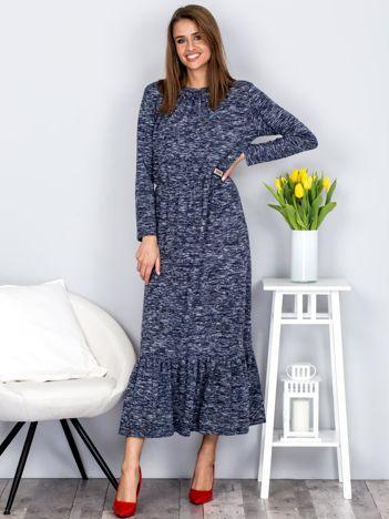Granatowa melanżowa sukienka maxi z falbaną