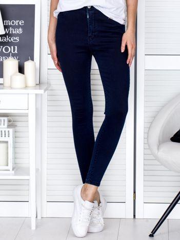 Granatowe jeansowe rurki high waist