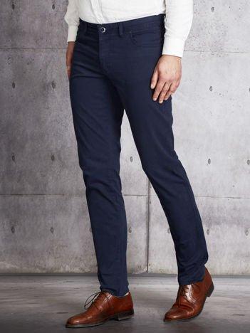 Granatowe materiałowe spodnie męskie